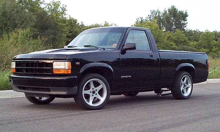 Kuziamark on 95 Dodge Dakota
